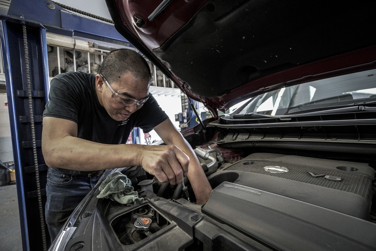 Checking Transmission Fluid Can Determine If It Needs Changing